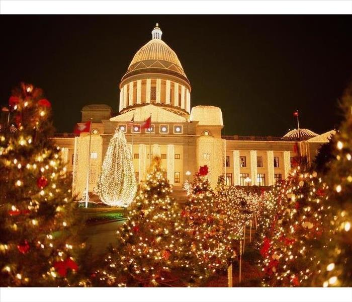 Arkansas Capitol Building with holiday lights